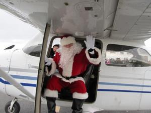 Santa Comes to Solberg