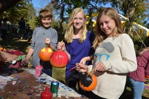 Pumpkin Painters