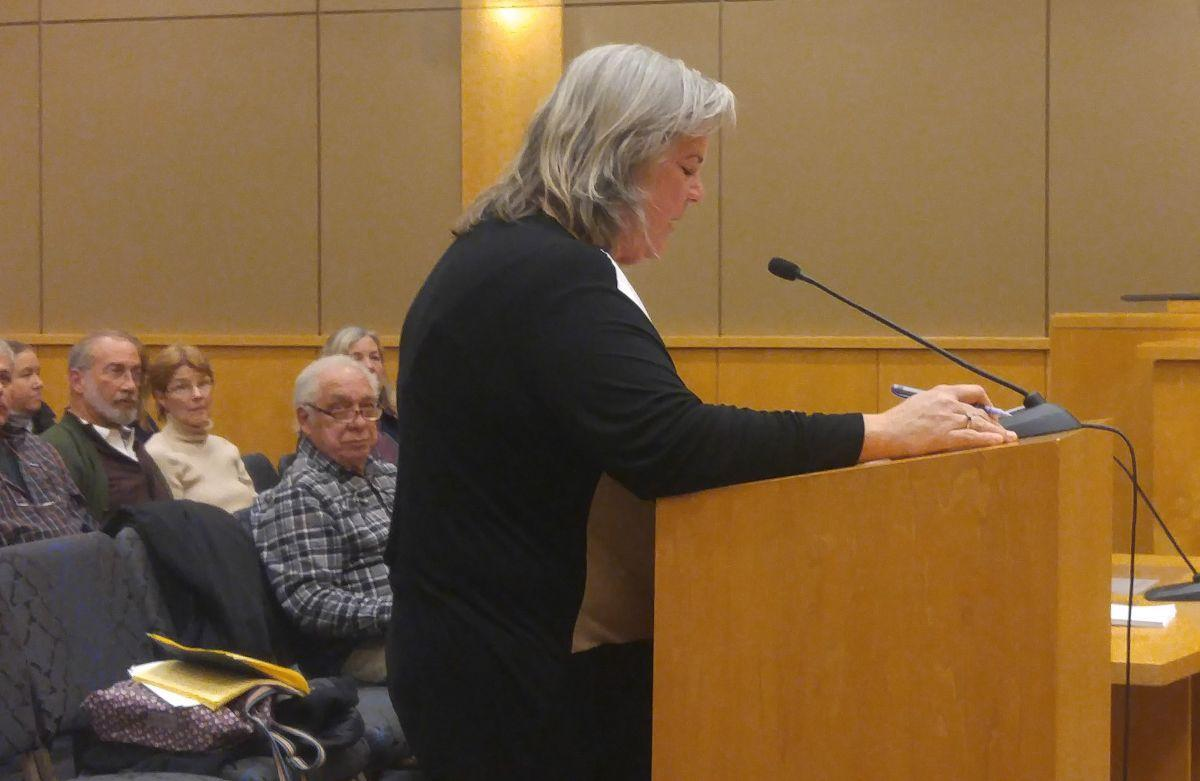Readington Trail Association lobbies committee for free use of trails