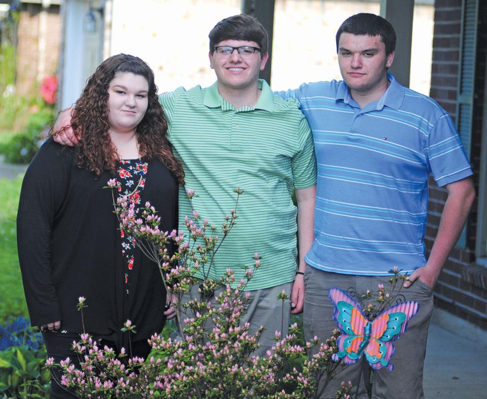 Triplets set to graduate Saturday