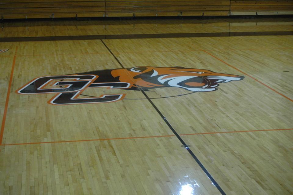 Davis-Reid Alumni gymnasium gets facelift with refinished floor