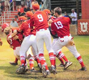 Loudon survives 11-inning thriller to advance