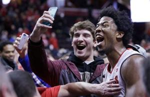 Photos: Badgers fall to Rutgers in first visit to the RAC