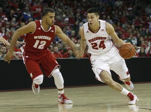 Photos: UW men's basketball Red/White scrimmage
