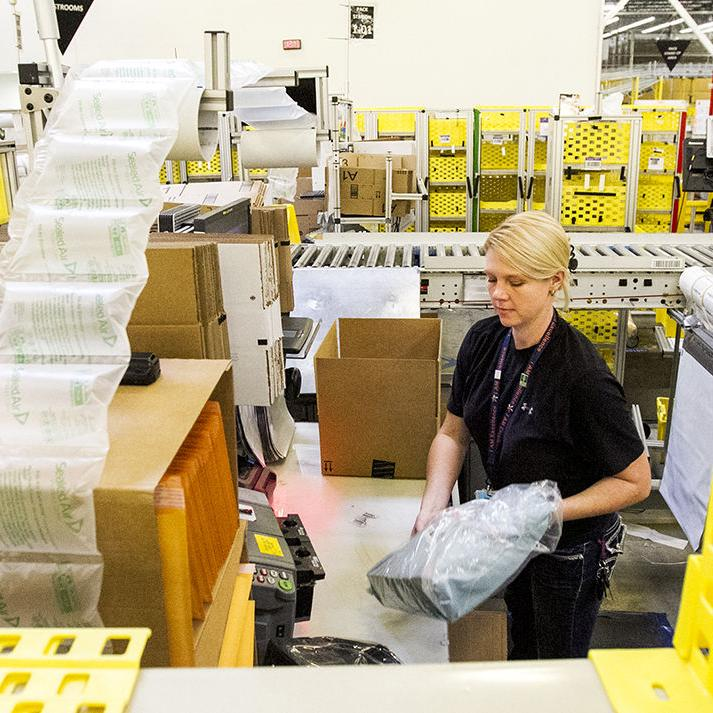 EXTRA HOLIDAY HELPERS: Amazon hires seasonal employees for Cyber Monday