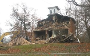 Old Watseka home demolished