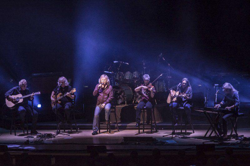 Kansas Leftoverture Th Anniversary Tour November