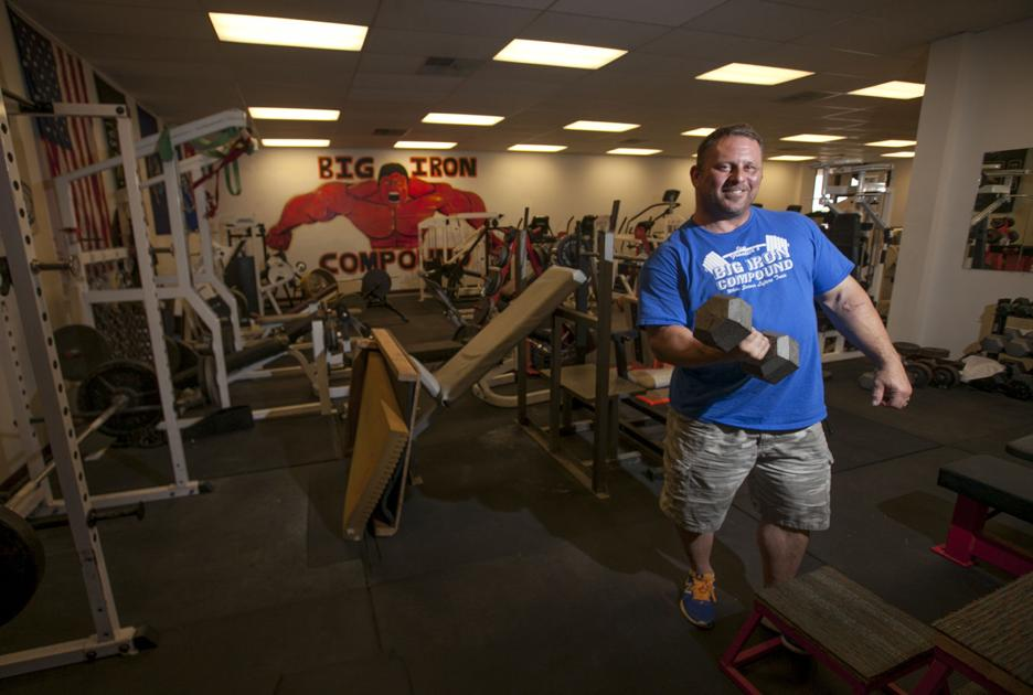 local powerlifter opens old school gym in council bluffs business. Black Bedroom Furniture Sets. Home Design Ideas