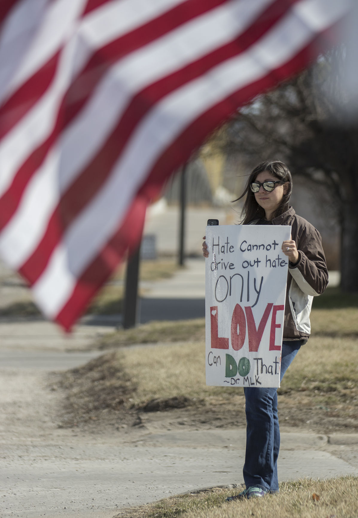 Trump rally draws plentiful support, some opposition in Council Bluffs ...