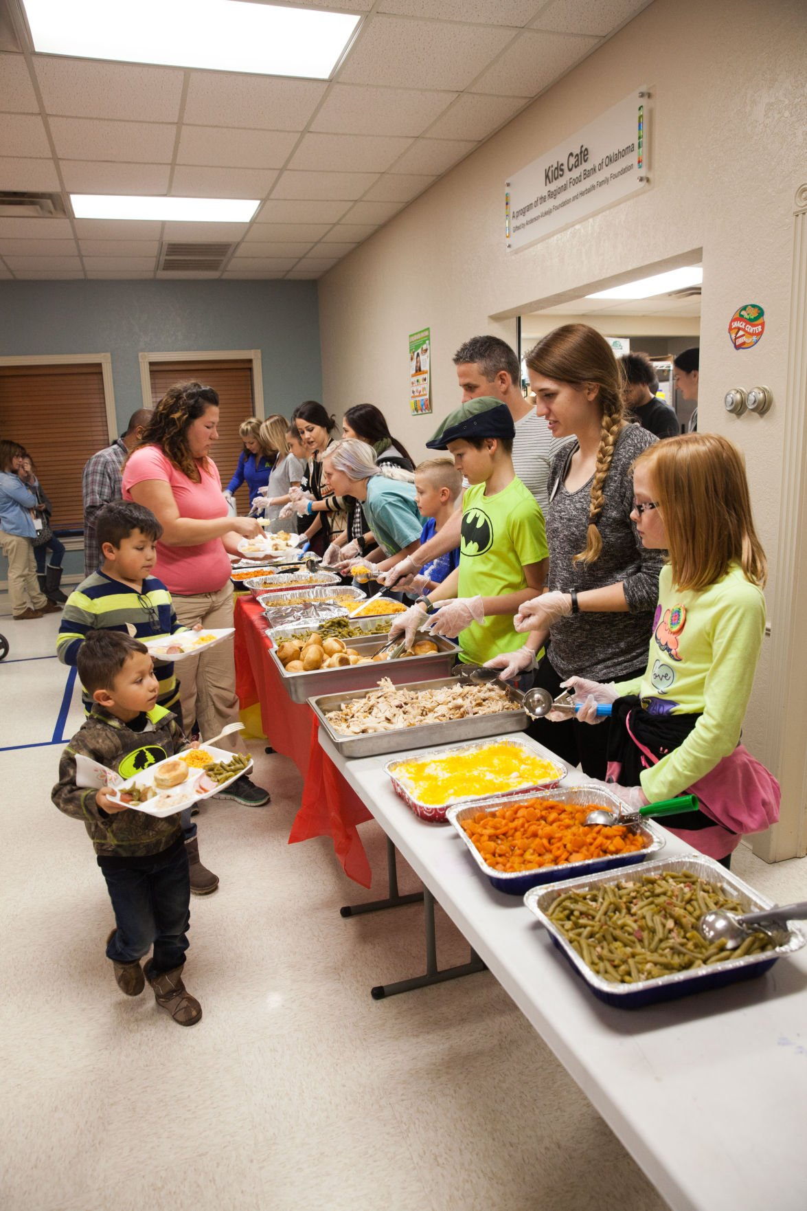 Boys girls club of norman serve 80 at thanksgiving for What to serve for thanksgiving lunch