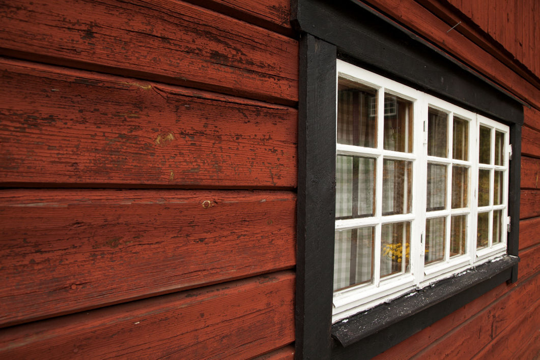 Siding secrets exterior finishings boost your home 39 s for Niche siding