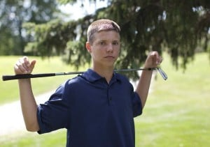 Illiana Christian golfer Jonathan Zandstra fine tunes his game