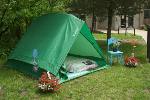 "The Great and Glamorous Outdoors: ""Glamp-sites"" offer a chance to get close to nature, while still keeping the comforts of civilization (copy)"
