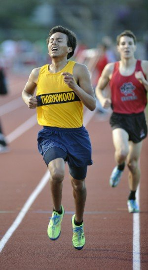 Thornton hurdler stars at Class 3A Homewood-Flossmoor Sectional