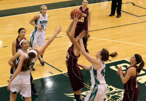 Valpo girls ride big fourth quarter to DAC win over Chesterton
