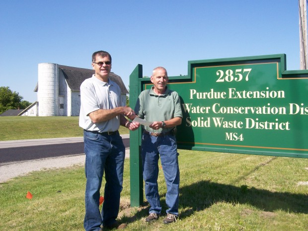 Keith baker donates 400 to laporte county 4 h shooting for Laporte community