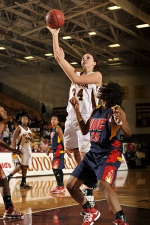 Local Loyola trio faces Valparaiso University women's basketball team