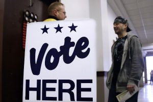 Slow start to early voting across Illinois