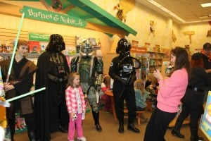Darth Vader joins fans to promote literacy