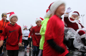 Santa Run unites community through holiday cheer