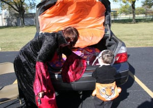 Gallery: Immanuel United Church of Christ Trunk-N-Treat