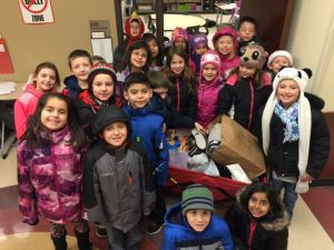 Students share through food pantry donations