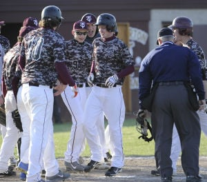 Chesterton baseball upsets Lake Central with four-run fifth