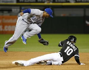 White Sox lose to banged-up Royals