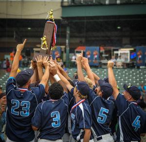 Illinois Lutheran baseball team wins Class 1A state title