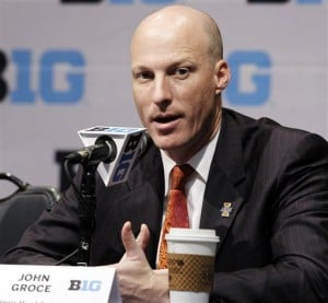 Groce taking over at tough time for Illinois