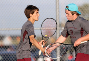 Boys tennis season ends for Chesterton, Marquette Catholic
