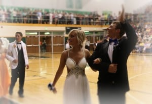 Valpo students celebrate Prom 2013