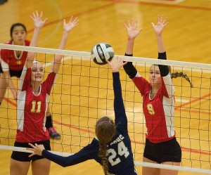 Class 3A No. 7 Fairfield sweeps Andrean