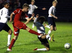 Crown Point keeps rolling with shutout over Noll in boys soccer