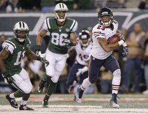 Bennett snags 2 TD passes to give Bears a win against Jets