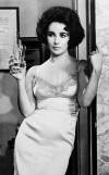 Elizabeth Taylor: classic beauty in every sense