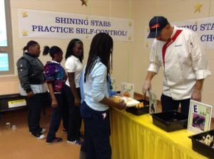 New Gary school lunch provider entices kids to eat fruits and vegetables