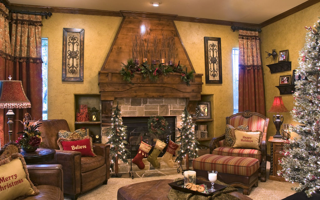Easy tips and tricks for amping up your holiday d cor for Den interior design