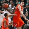 Michigan State beats Illinois, helps resume