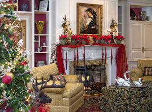 Express 'YourShelf' for holiday cheer: Glam up walls with festive treasures
