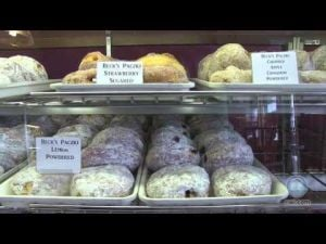 Bakery rolls out paczkis for Fat Tuesday