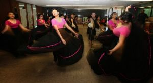 Local Mexican dancers perform in D.C.