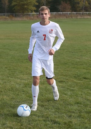 Eksten an equalizer for Crown Point soccer