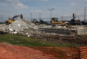 Old motel demolished