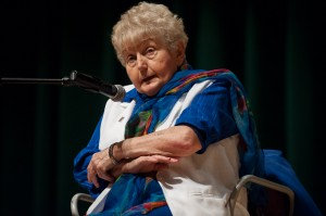 Holocaust survivor speaks to students about tragedy, forgiveness 