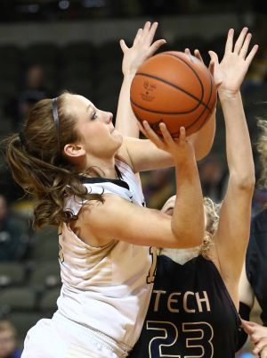 Purdue Calumet women advance in NAIA tournament