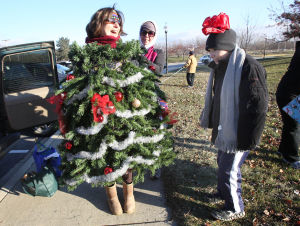Fun run brings holiday cheer to Hobart