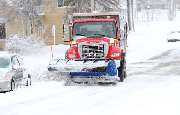 Latest snowfall leaves hundreds without power lake for Main street motors valparaiso indiana