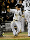 Sierra single lifts White Sox over Indians