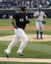 Dunn, Floyd lead White Sox